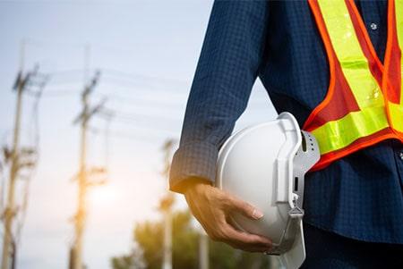בדיקת חשמל באתר בניה / עבודה